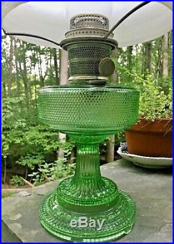 1933 ALADDIN MODEL B COLONIAL105 GREEN CRYSTAL with NICKEL BURNER, Shade 701A