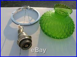 1934 ALADDIN #108 GREEN CATHEDRAL KEROSENE LAMP with GLASS SHADE NICE ONE! FREE