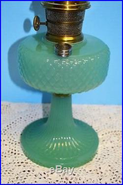 1937 ALADDIN MOONSTONE DIAMOND QUILT JADE GREEN OIL LAMP Nu Type # B-86 Burner