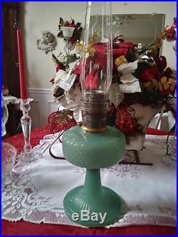 1937 Green Jade Moonstone Aladdin B-86 Diamond Quilt Kerosene Oil Table Lamp