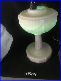 1940 Aladdin Alacite Tall Lincoln Drape Oil Lamp 401 Shade