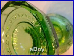1941 Aladdin B-47 Green Washington Drape Bell Stem Glass Lamp Font only kerosene