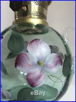 1994 Aladdin Fenton Model 23 Limited Edition Josephine Shelf Oil Lamp 394/500