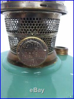 2003 Aladdin Vertique Moonstone Green Lamp With Aladdin Model B Burner