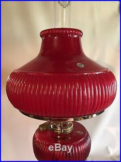 ALADDIN FENTON limited edition 1996 Ruby Red Grand Vertique Kerosene Oil Lamp