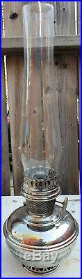 ALADDIN NO9 HANGING KEROSENE LAMP, SPARE WICK & CHIMNEY BOX MADE IN CANADA 1920s