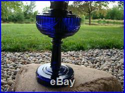 ALADDIN TALL LINCOLN DRAPE COBALT BLUE REGUAR FOOT Table Lamp kerosene oil