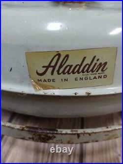 ANTIQUE ALADDIN BLUE FLAME KEROSENE SPACE HEATER NO #P150051 ENGLAND & 2 Wicks
