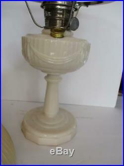 Aladdin Alacite Lincoln Drape 19 Kerosene Oil Lamp