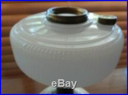 Aladdin B-95 Queen Kerosene Oil Lamp White Moonstone 1937-39