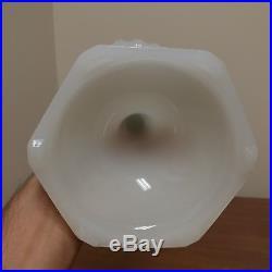 Aladdin Corinthian Model B White Moonstone Kerosene Oil Lamp Great Condition