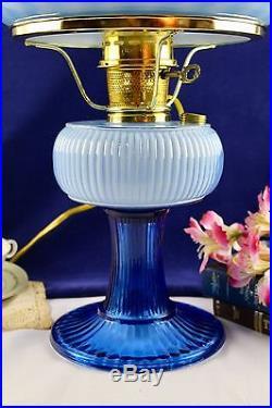 Aladdin Fenton Limited Edition'94 Twilight Blue Grand Vertique Oil/Elec. Lamp