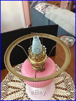 Aladdin Fenton Limited Edition'95 Rosalene Glass Grand Vertique Oil Lamp