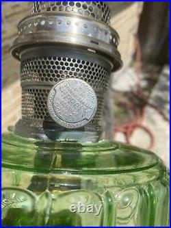 Aladdin Kerosene Oil Lamp Corinthian Vaseline Green Nu-Type Model B Burner Glows