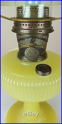 Aladdin Lamp VERTIQUE Green Jadeite Moonstone 1938 Model B Kerosene Oil