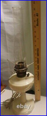 Aladdin Lincoln Drape Alacite Oil Lamp Nu-Type Mod B Burner Lock Globe NO Shade