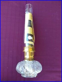 Aladdin Model 23 Genie II Kerosene Lamp 20 Tall With Glass Base & New Chimney