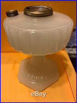 Aladdin Moonstone Corinthian Model B Kerosene Oil Lamp Base White a036