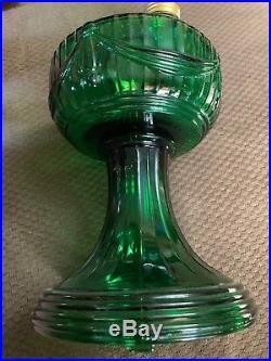 Aladdin Oil Lamp Lincoln Drape Short Green Emerald Excellent Condition 2004