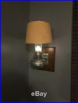Aladdin Railroad Caboose Lantern Model 23 Kerosene Lamp