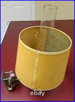 Aladdin Railroad Caboose Train Model 23 Vintage Kerosene Oil Lamp w Wall Bracket
