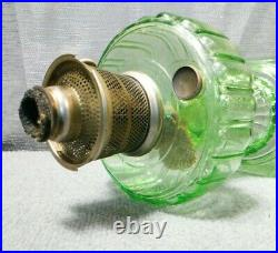 Aladdin Vaseline Green Nu-Type Corinthian Model B Kerosene/Oil Lamp Near MINT