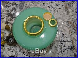 Aladdin Vertique Jadeite Jade Green Moonstone Glass Kerosene Oil Lamp Vtg