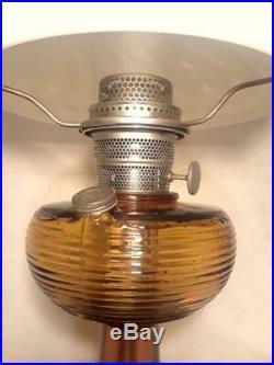 Antique Aladdin Amber Bee Hive Lamp w Very Rare & Unique Satin Swirl Shade LOOK