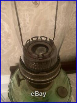 Antique Aladdin Cathedral Green Beta Crystal Oil Kerosene Lamp Model B Burner
