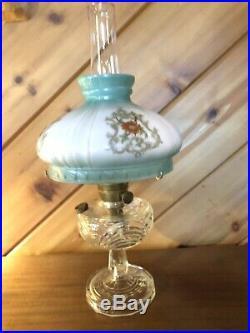 Antique Aladdin Kerosene Oil Lamp