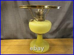 Antique Aladdin Oil Kerosene Lamp Yellow Moonstone Vertique With Shade Vintage