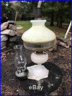 Antique Vintage Aladdin Nu-type Model Mantel Lamp Co. Lamp & Hurricane Lantern