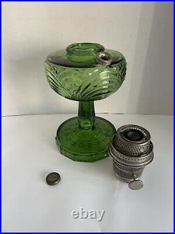 B-54 Aladdin Mantle Oil Kerosene Olive Green Washington Drape Glass Lamp
