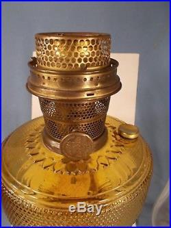 C1933 ALADDIN model #106 Amber COLONIAL Kerosene Oil Lamp Burner Chimney