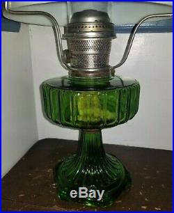 C1935-36 Aladdin kerosene LAMP, Corinthian, B102, green crystal, shade, 21t