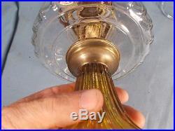 C1935 ALADDIN B-106 CLEAR & AMBER Corinthian Kerosene Oil Lamp wBurner & Chimney