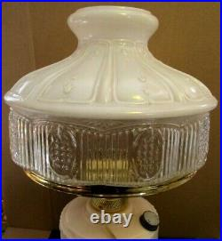 Electrified Antique Aladdin Alacite Lamp With Original Old 501-9 Shade No Damage