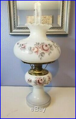 LARGE Aladdin Majestic White Alacite Floral Glass Oil/Kerosene Lamp W #23 Burner