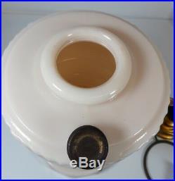 LINCOLN DRAPE Alacite Aladdin Kerosene Lamp Nu-Type model B with shade chimney
