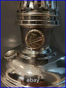 Model 11 Aladdin Lamp Complete With Correct Chimney. Very Nice Condition