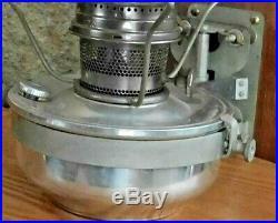 N & W Railroad Aladdin Caboose Wall Bracket Kerosene Lamp No 23 Burner Lantern