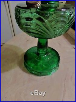 OLD Aladdin Emerald Green Washington Drape Kerosene Oil Table Lamp Exc. Cond