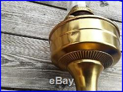 Oil / Kerosene Lamp. Vintage Aladdin No. 12. Mantle Lamp Co. Chigago U. S. A