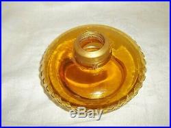 Oil Lamp Kerosene 2 Matching Amber Fonts Eapg Aladdin Lamp