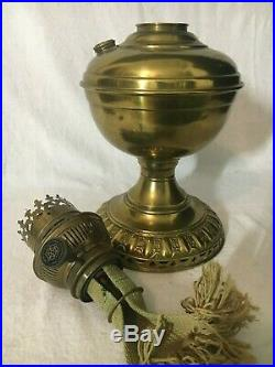 RARE ANTIQUE old PRACTICUS mantle lamp co. BRASS ALADDIN LAMP fancy TABLE parlor