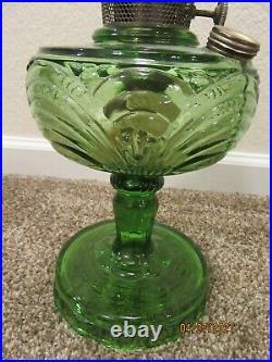 RARE Antique Aladdin Kerosene Oil Lamp WASHINGTON DRAPE Emerald Green Glass