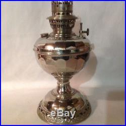 Rare San Diego kerosene oil lamp uses mantle competitor for Aladdin excellent