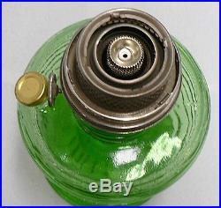 VINTAGE BEEHIVE GREEN CRYSTAL GLASS ALADDIN KEROSENE LAMP 1933