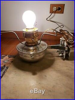 VTG ALADDIN RAILROAD CABOOSE WALL BRACKET KEROSENE LAMP WithElectric conversion