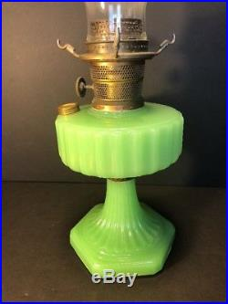 VTG Antique 1934 Aladdin Jadeite Moonstone Kerosene Oil Table Lamp With Chimney